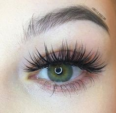 Perfect Eyelashes, Natural Eyelashes, Fake Eyelashes, False Lashes, Face Paint Makeup, Skin Makeup, Beauty Makeup, Eyelash Extensions Styles, Microblading Eyebrows