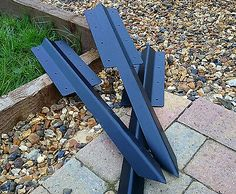 2 Tier Straight Timber Railway Sleeper Driveway Path Pathway Edge Edging Bracket (We also list a Corner Version See other Items) Planters - Retaining Walls - Double Height Driveway Edging Buy It Now: A quick and very easy system for mounting railway sleepers as drive / path edging Bang into the ground, and screw sleepers to the bracket on the sleeper joints Total Height 75cm and made from Heavy Duty Steel ( Mounting plate height is 35cm) Cheap - Quick - Easy to install - Looks Great Size… Driveway Edging, Path Edging, Garden Edging, Raised Flower Beds, Raised Garden Beds, Railway Sleepers, Landscaping With Rocks, Driveway Landscaping, Brick Flooring