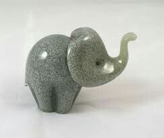 Easy Clay Sculptures, Small Sculptures, Sculpture Clay, Animal Sculptures, Little Elephant, Elephant Love, Elephant Art, Ceramic Elephant, Pottery Painting