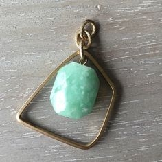 Jade Stone pendant Pretty jade stone pendant. Put this on a pretty chain and it's ready to make your spring look pop! Gold tone metal. Great condition. ? Jewelry Necklaces
