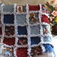 Baby Rag Quilt Primitive Teddy Bears Rag Quilt Patterns, Baby Patterns, Quilting Projects, Sewing Projects, Quilting Ideas, Sewing Ideas, Diy Projects, Cute Quilts, Children's Quilts