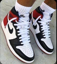 Adidas Shoes Outfit, Nike Air Shoes, Jordans Outfit For Men, Mens Jordans, Cute Jordans, Zumba Shoes, Air Jordans Women, Retro Jordans, Loafers Outfit