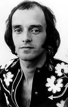 PETER BANKS    Birth: Jul. 15, 1947  Barnet  Greater London, England  Death: Mar. 8, 2013  London  Greater London, England    Rock Musician. He was a founding member of the British progressive-rock ensemble Yes and later went onto form the group Flash.