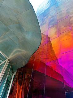 Архитектура с цветным акцентом. Музей EMP, Сиэттл