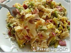 Kelkáposztás baconös sajtos tészta recept képpel. Elkészítés és hozzávalók leírása, 2 főre, 45 perces, Egyszerű