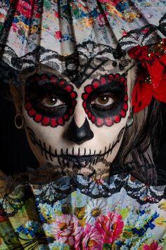 La Catrina, Dia de Los Muertos, Mexico! Sugar Skull Makeup.