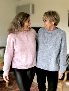Candyfloss sweater - FiftyFabulous Free Knitting Patterns For Women, Raglan Pullover, Damen Sweatshirts, Poncho Sweater, Knitted Shawls, Jumpers For Women, Diy Clothing, Handmade Clothes, Pulls