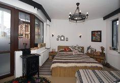 adelaparvu.com despre Anca Ciuciulin si casa ei cu decor traditional romanesc (4) Romania, Cottages, Interior Decorating, Traditional, Decoration, Bed, House, Furniture, Home Decor