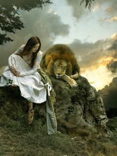 This makes me think of Susan or Lucy with Aslan at the Stone Table in The Lion, the Witch & The Wardrobe! Art Prophétique, Tribe Of Judah, Bride Of Christ, Prophetic Art, Lion Of Judah, Daughters Of The King, Faeries, Beauty And The Beast, Beauty Beast