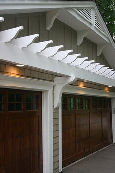 These rich looking wood doors and this pergola would look great on our garage! Garage House, House Front, Barn Garage, Dream Garage, Wood Garage Doors, Garage Door Design, Front Doors, Entry Doors, Garage Door Colors
