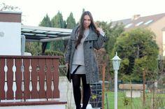 Oversize Pulover und Rock - perfekt für den Winter Outfit