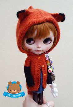 FOX cardigan made in mohair for Neo Blythe