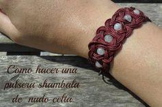 Shamballa de nudo celta. Tutorial for making a leather Celtic knots Shamballa bracelet.