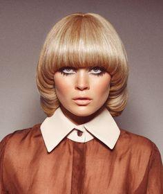 Trendy Fashion Hair Retro 22 Ideas Source by hsnightingale fashion ideas retro 1970s Hairstyles, Vintage Hairstyles, Fashion Hairstyles, 70s Makeup, Hair Makeup, Costume Année 70, Big Hair, Your Hair, Mushroom Hair