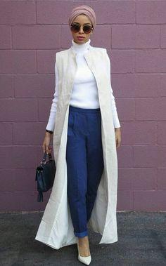 Casual chic look Modest Wear, Modest Outfits, Modest Fashion, Fashion Outfits, Hijab Style, Turban Style, Hijab Chic, Muslim Women Fashion, Islamic Fashion