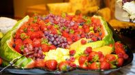 Easy Fruit Tray Ideas for Parties   eHow