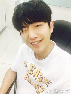 2016.08.09 Seo Kang Joon Weibo Update Cr.Logo #七夕# 今天干嘛呢?抛弃我去见男朋友吗? 跟我玩吧