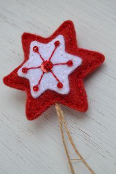 Felt Crafts, Christmas Ornaments, Holiday Decor, Handmade, Home Decor, Hand Made, Decoration Home, Room Decor, Christmas Jewelry