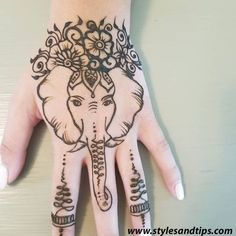 Elephant from a henna party! & Elephant from a henna party! Henna Tattoo Hand, Henna Elephant Tattoos, Elephant Henna Designs, Elephant Tattoo On Hand, Small Henna Tattoos, Paisley Tattoos, Art Tattoos, Henna Hand Designs, Tattoo Design For Hand