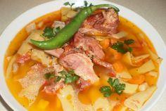 Retete Culinare - Ciorba de pastai cu coaste afumate