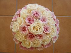 wedding bouquet roses - Upper Cloud and Vendela Roses