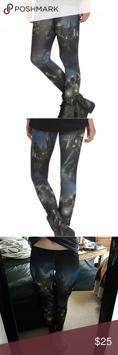Hot Topic Harry Potter Hogwarts Leggings These leggings are perfect for all of my Harry Potter fans out there! They feature the famous school of witchcraft and wizardry and are the perfect addition to any nerd's closet! They go well with almost anything and are perfect with big chunky sweaters! They have only been worn once and are in perfect condition! Offers accepted. Hot Topic Pants Leggings