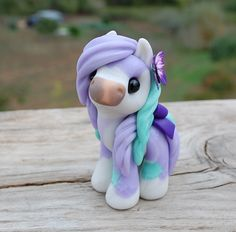 Shy Lilac Sugar - wee pony 2017