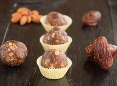 No Bake Date Granola Energy Bites #healthy