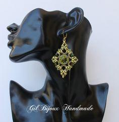 """Orecchini """"Style"""" con cristalli Swarovski, superduo, quad beads e perline Toho di GilBijoux su Etsy"""