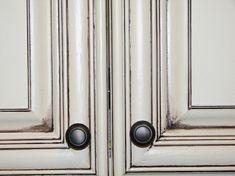 DIY glazed kitchen cabinets