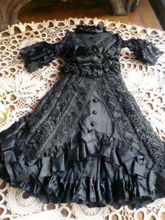 Antique 1860 french fashion doll