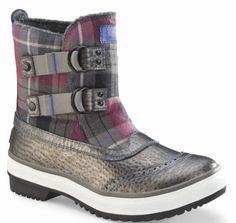 UGG Australia Women's Marrais Winter Boots,Black Plaid,6 US