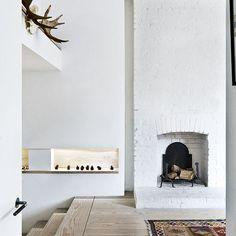 Keltainen talo rannalla: Persoonallisia koteja Grand Dressing, Rue Verte, House Extension Design, Extension Ideas, Victorian Living Room, London House, Victorian Terrace, Home Living Room, Bricks