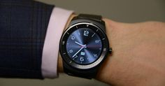 We may not have much longer to wait before LG's new G Watch R smartwatch finally goes on sale. According to two Korean reports, the round device will hit local store shelves in the next two weeks.