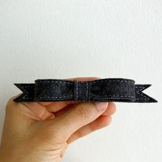 Wool Felt Bow French Barrette // Licorice // par LoftFullOfGoodies, $12,00