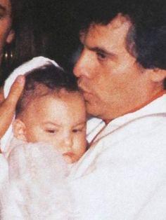 Juan Gabriel era muy amoroso y privado con sus hijos.