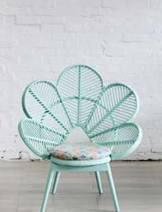 Incy Interiors - love this chair!