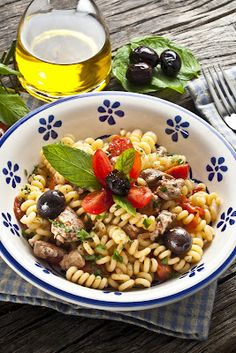 "Fusilli con pesce spada, pomodorini e olive   Ricetta di "" Caramel à la fleur du sal""  blog"