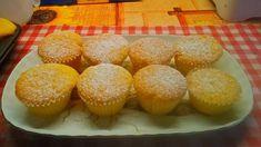 Vaníliapudinggal töltött muffin Spider Girl, Muffin, Breakfast, Food, Morning Coffee, Muffins, Meals, Cupcakes, Yemek