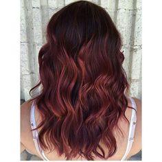 Loving the deep roots into subtle by Jessica. Bayalage Red, Red Balayage, Medium Hair Cuts, Medium Hair Styles, Long Hair Styles, Beachy Hair, Love Your Hair, Hair 2018, Hair Painting