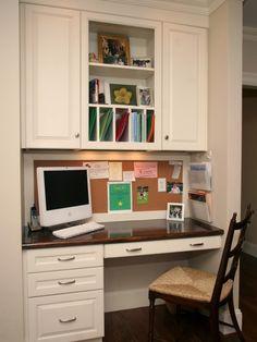 55 Ideas Home Office Nook Ideas Cork Boards Computer Nook, Desk Nook, Desk Space, Alcove Desk, Kitchen Desk Areas, Kitchen Desks, Kitchen Office Nook, Organized Kitchen, Closet Desk