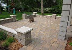 76 stunning backyard patio ideas pavers walkways 53 in 2019 Concrete Patios, Brick Paver Patio, Garden Pavers, Brick Patios, Pergola Patio, Paver Edging, Curved Patio, Stone Patios, Screened Patio