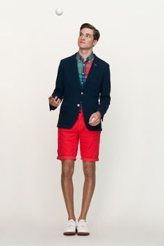 Michael Bastian's new GANT collection is uber preppy, and we don't mind a bit