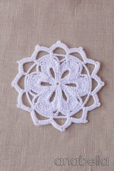I'm just missing a sharing crochet moment with you.sometime I felt like I really love to crochet the same thing a hundred. Crochet Squares, Crochet Motif, Irish Crochet, Crochet Doilies, Crochet Flowers, Free Crochet, Knit Crochet, Crochet Books, Thread Crochet