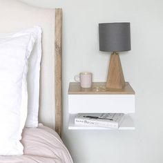 White lacquered beech bedside table with solid oak top. Lays on the wall to maximize space usage in small bedrooms. A drawer and a shelf. Perfect to fit a lamp, book and clock in a minimal space. Neutral Bedroom Decor, Neutral Bedrooms, Small Bedrooms, Under Bed Drawers, Bedroom Night Stands, Design Case, Floating Nightstand, Floating Table, Etsy