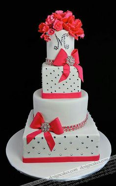 Monogrammed Wedding Cakes: Alternating shaped tiers with coral accents / Design Cakes Beautiful Wedding Cakes, Gorgeous Cakes, Pretty Cakes, Cute Cakes, Amazing Cakes, Cake Wedding, Wedding Reception, Fondant Cakes, Cupcake Cakes