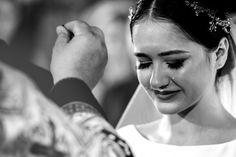 Salutare! Eu sunt Mihai Roman, Povestitorul de Nunti, iar daca esti in cautarea unui fotograf profesionist de nunta, te invit sa arunci o privire pe siteul meu. #nunta,#mireasa, #rochiedemireasa, #machiaj, #machiajmireasa, #tortnunta, #pantofimireasa,#invitatienunta, #ideinunta, #casatorie, #verighete,#buchet,#buchetmireasa,#aranjamentfloral,#makeup, #bride, #bridal, #bridebouquet Wedding Ceremony, Roman