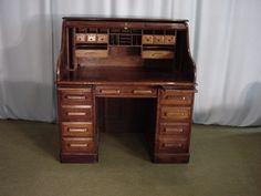 [bureau américain] nouveauté en magasin et sur notre site : http://bit.ly/2mAfGsX #bureau #desk #antiquités #antiques #chêne #oak #desks #rolltopdesk #iloveantiques #shoponline #antiquedealer