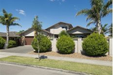 Check out this property Mount Maunganui, Real Estate, Houses, Entertaining, Flooring, Mansions, House Styles, Check, Home Decor
