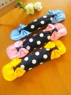 モノトーン 水筒肩紐カバー 黄色 水筒肩ひもカバー 女の子 2x Altering Clothes, Baby Sewing, Bag Accessories, Diy And Crafts, Bows, Handmade, Gifts, Flower, School